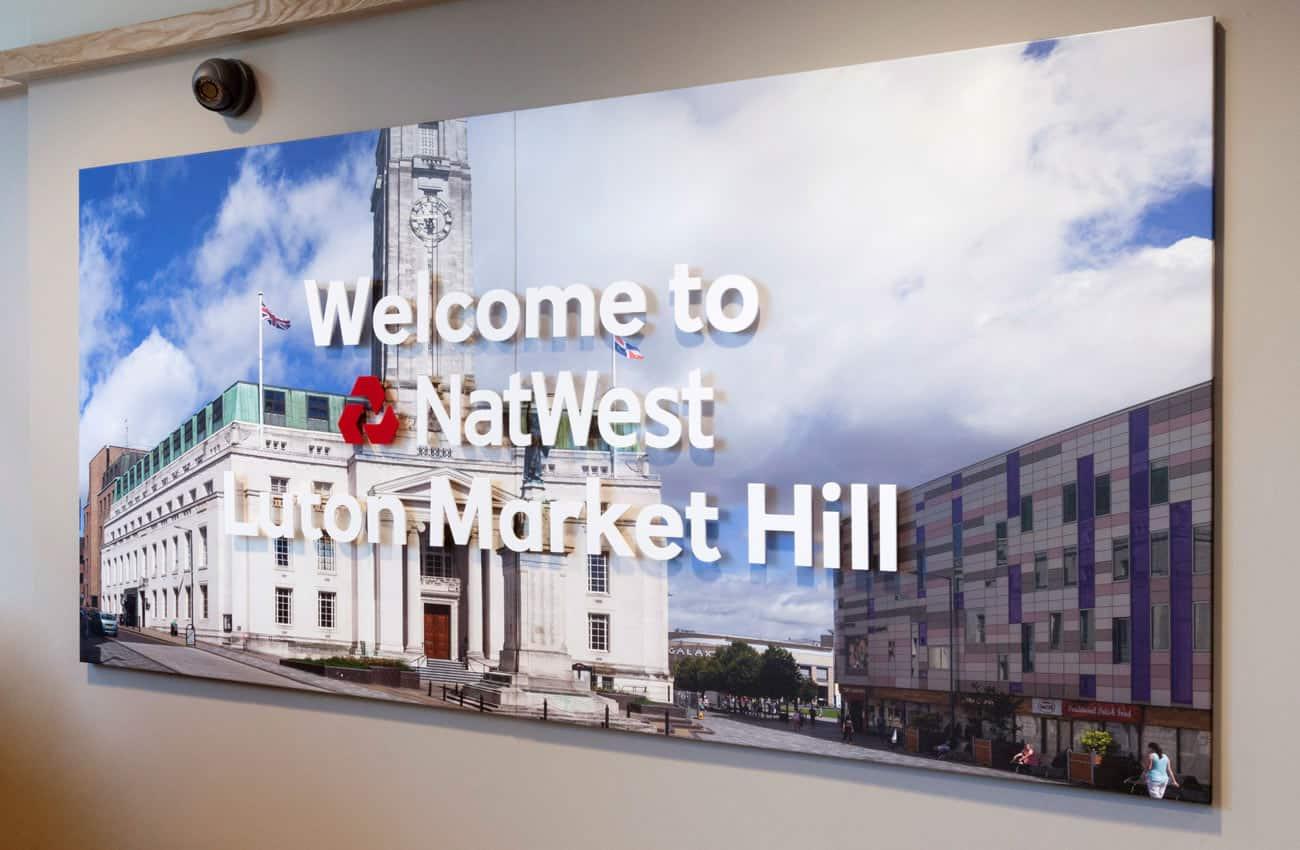 Luton NW bank welcome panel