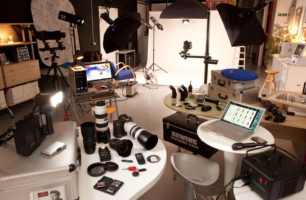 Commercial Photographers network - in the studio, or on location - we are near you