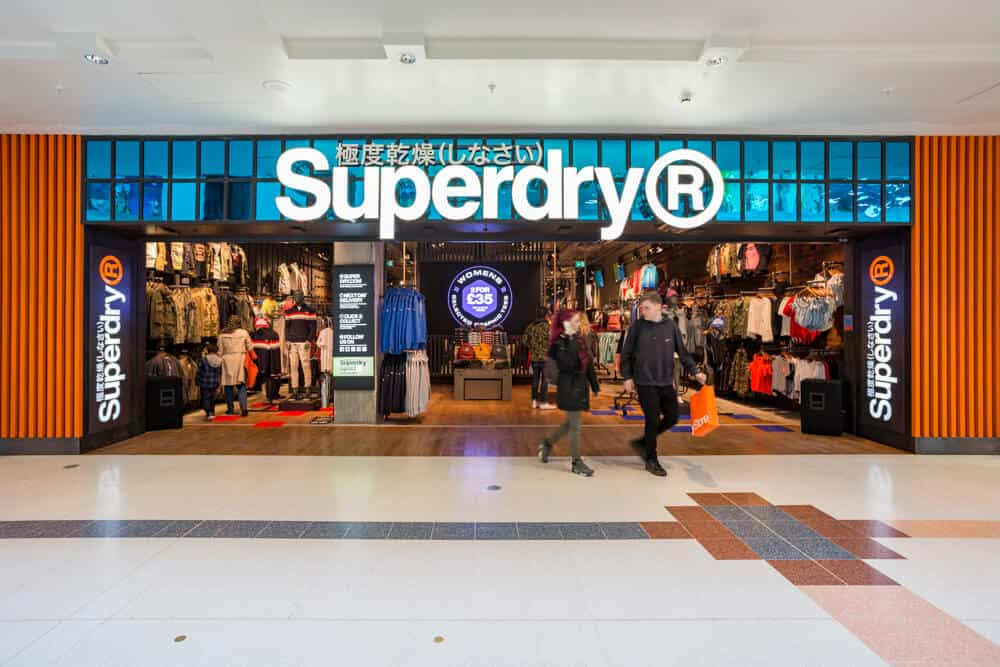 retail store opening photography Toby Smedley commercial photographer Superdry mall shop front.6